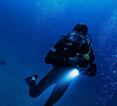 best dive light for the money